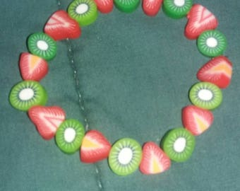 Strawberry Kiwi Beaded Bracelet