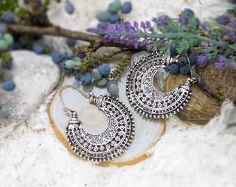 Hanging Hoop earrings in Boho Mandala Style