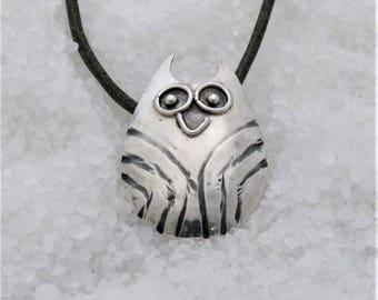 owl silver pendant, oxidized silver owl