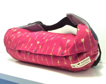 Baby shower gift - Baby carrier storage cover for Ergo, Tula, Beco, Boba, Arrows(vivid pink) /arrows(black), reversible