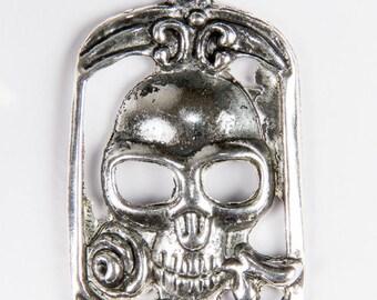 2 rectangular pendants Gothic skull