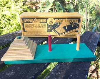 Pyramid Patience Vintage Game