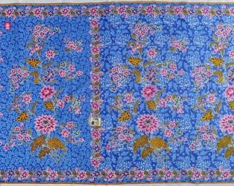 100% cotton sarong fabric, Blue, cotton batik sarong with floral pattern design, Printed fabric, Thailand, Batik No. 3151