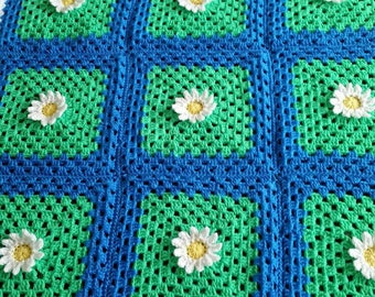 Field of Daisies Baby Blanket