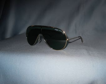 Authentic vintage B&L Ray-Ban Wings sunglasses ! Bausch and Lomb! Made in USA !!