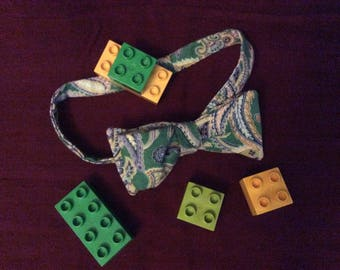 """Green paisley toddler pre tied bow tie - 3"""" bow w/snap closure band. ring bearer bow tie, Father/son matching ties"""