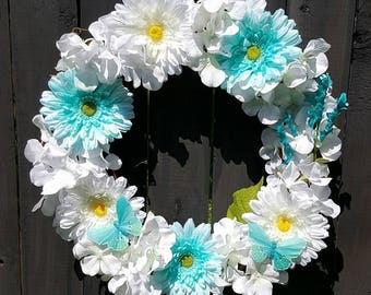 spring daisy wreath with butterflies