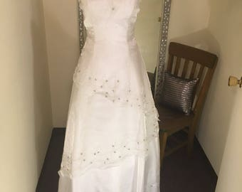 White Wedding dress, bridal gown, white wedding dress, sequins trimmed wedding gown, beach wedding gown, chapel gown