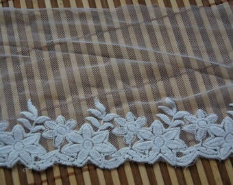 2 meters * 15cm white embroidered tulle - Embroidered Tulle Lace - white Ref. 1121