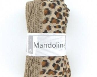 """1 ball for scarf/scarf """"White horse"""" MANDOLIN Savannah."""