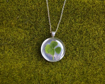 Dainty Genuine 5 Leaf Clover Necklace [SS 027] / Nickel, Cadmium, Lead Free; Silver Plated / White Clover Pendant /Triforium Repens