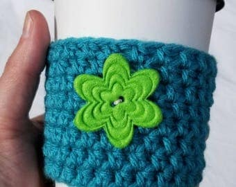 Springtime Teal Crochet Cup Cozy - Bright Green Large Felt Flower Button - Everyday Cup Sleeve in Pond