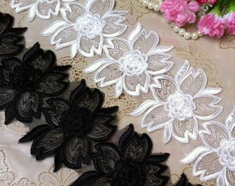 Vintage White Embroidery Flower Bridal Lace Trim 3.54 Inches Wide   1.09 Yard/ Craft Supplies, WL1721