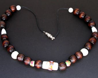 Wood and White Beaded Necklace with Accented Pendant and Magnetic Clasp
