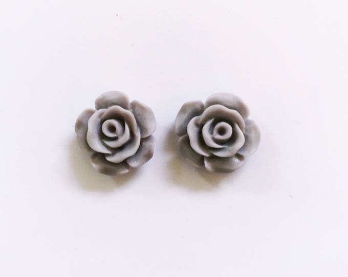 The 'Samantha' Flower Earring Studs