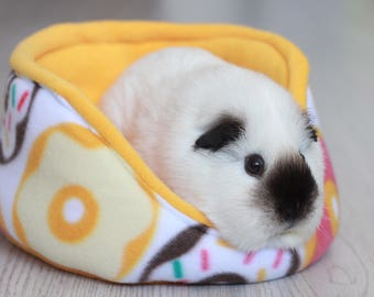 Cuddle cup bed Guinea Pig Rat Hedgehog soft fleece - 29 doughnuts fleece