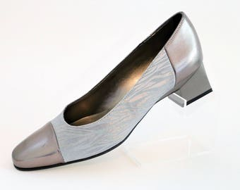 Lotus Pewter Silver Grey medium block heel court pump shoes/Fabric with Zebra pattern/size UK 5/Retro Shoes/1990's