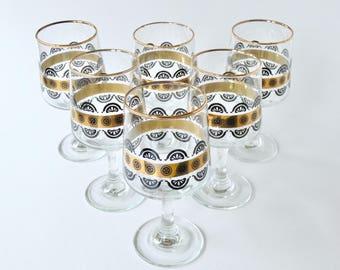 Vintage glazen instellen. 1970 glaswerk. Retro glaswerk. Zwart en goud glas. Fruit glas. Set van 6 glazen. Mondgeblazen glazen. Gouden glas.