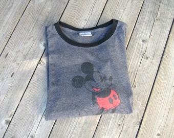 Men's XL Vintage 90s Mickey Mouse Disneyland Resort Souvenir T Shirt/Made USA/ XL