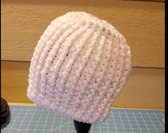 White Messy Bun Hat/Ponytail