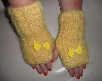 hand knit in 100% mohair wool fingerless gloves