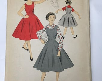Advance dress pattern 6806 uncut