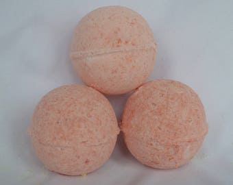 3 Peppermint medium bath bombs