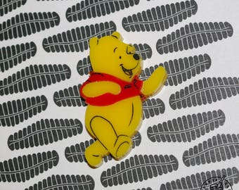 Winnie-The-Pooh - pin badge / magnet