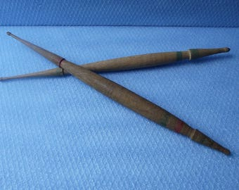 Set of two vintage wooden spindles, Old authentic wooden spindle, Vintage Wood, Yarn Spindles, Antique yarn tool, Retro Spindles for yarn