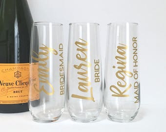 Personalized Champagne Flute - Bridal Party Gift- Bridesmaid Maid of Honor Bride Wedding Glasses - Gold Stemless Flutes - Bridal Party Gift