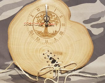 Wall clock in natural wood. wood slice clock, unusual wall clocks, Natrual Wood Clock, Wall Clock