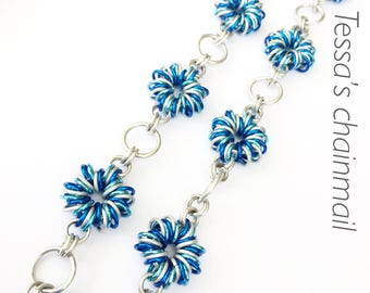 Chainmaille necklace, blue flowers necklace, lovely flower necklace, blue bracelet, blue jewelry, silver jewellry, Tessa's chainmail.