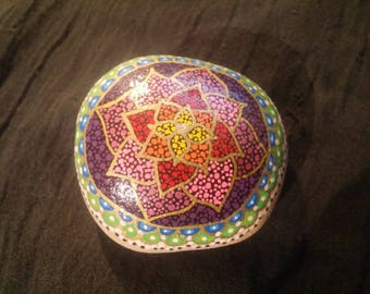 Paperweight mandala star flower multicoloured dots edged in gold