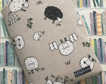 Buddle, large, padded book cover/sleeve (sheep)