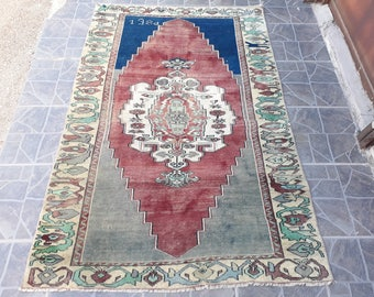 FREE SHIPPING  Vintage Turkish Kilim Rug Turkish rug Kilim Rug Turkish kilim rug    5.3 x 3.5 feet B:3