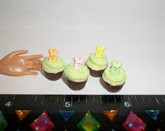 1:6 Play Scale Dollhouse Miniature Handcrafted Easter Bunny Cupcakes Dessert Doll House Food ~ reference Barbie hand for size 1148