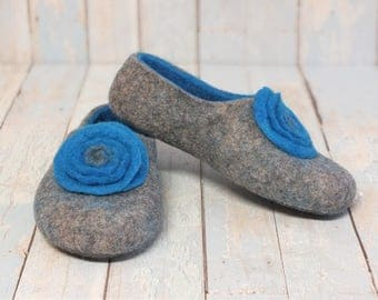 Felted slippers womens Natural wool flats footwear Indoor felt  shoes  Organic  gray wool Turquoise felt flowers Family gift mom