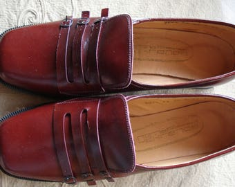 Vintage Red Bordo Leather Women's Shoes/Lady Shoes/Genuine Leather Shoes/1970s/Unused