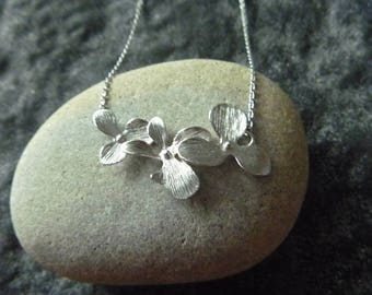 Necklace cascading Orchid