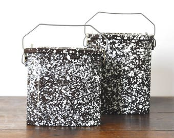 Set of 2 French lunch boxes, vintage lunch canteen in enamelware, brown graniteware