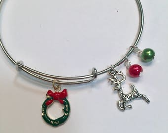 Holiday Christmas Wreath and Reindeer Expandable Charm Bracelet