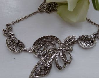 Stunning Vintage Silver Tone Marcasite Necklace.   Wedding. Special Occasion