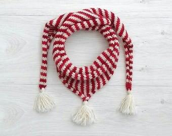 Knitted Christmas kids scarf, Merino wool triangle scarf, Striped elf scarf, White toddler scarf, Orange unisex scarf, Kids pompom wrap