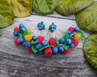 Clay berry bracelet,Blueberry fimo bracelet, Polymer clay berries, Handmade berries bracelet, berry, gift idea, beautiful jewelry