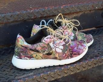 """Custom Nike Roshe Run """"Black Garden"""""""