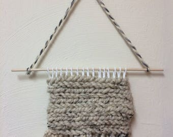 Simple Small Weaving - Beige I