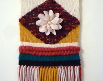 Wall tapestry / woven by hand/woven wall hanging tapestry made by hand/Art wall/Boho wall decor/Woven wall hanging/Weaving/Tapestry