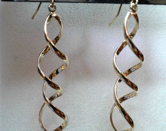 Gold Tone Spiral Dangle Earrings #86