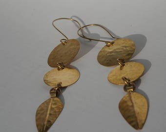 Brass circle point earrings