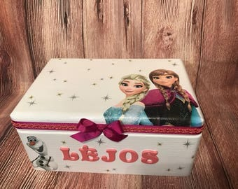 Wooden personalized girl keepsake box, decoupage box, girl wooden box, gift for a girl, personalized with a name